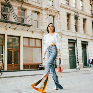 THE LATEST JEANS YOU SHOULD ADD TO YOUR WARDROBE
