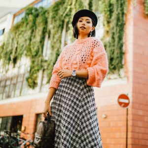 WINTER OUTFIT INSPIRATION: PINK SWEATER AND MIDI SKIRT